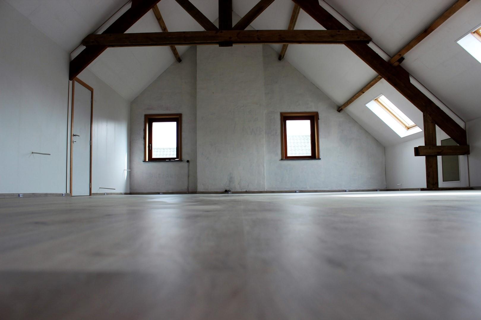 GB Construct, Zolderrenovatie, Panidur, Vloerbekleding, Quick-Step, Afwerking